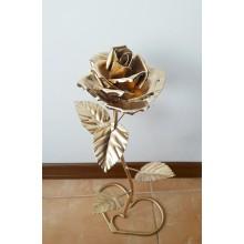 Кованная роза из металла на подарок на подставке ручной работы (золото) Rose Make Che G-777
